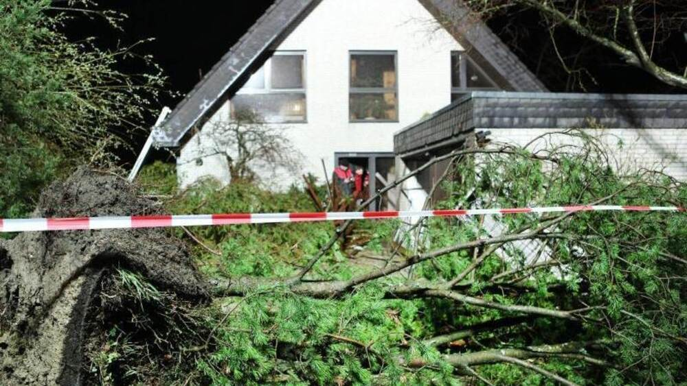 Tornado In Der Eifel